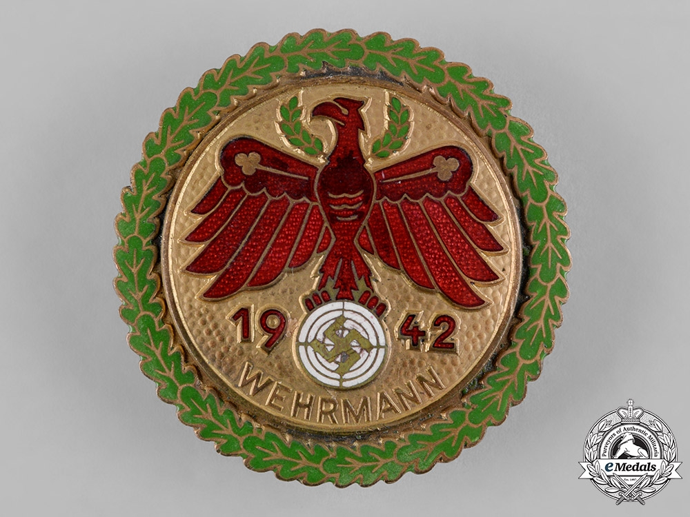 eMedals-Germany, Third Reich. A 1942 Tirol Gau Champion Marksmanship Badge with Oak Leaves