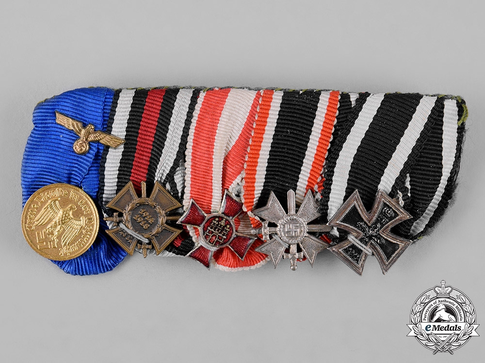 eMedals-Germany, Wehrmacht. A Miniature Medal Bar, Frack Mounted