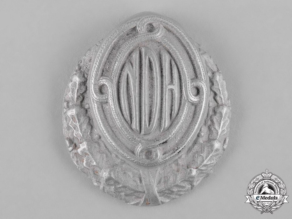 eMedals-Croatia, Independent State. An Army Officer's Service Cap Badge, II Pattern (M1942)