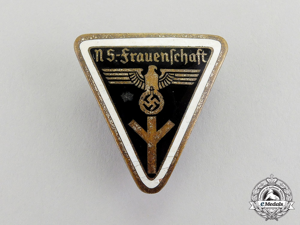 eMedals-Germany. A Kreis Level National Socialist Women's League Membership Badge