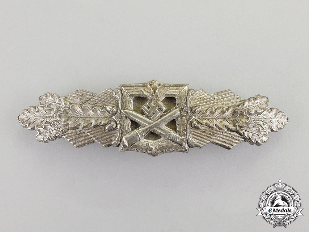 eMedals-Germany. A Silver Grade Combat Clasp by Friedrich Linden of Lüdenscheid