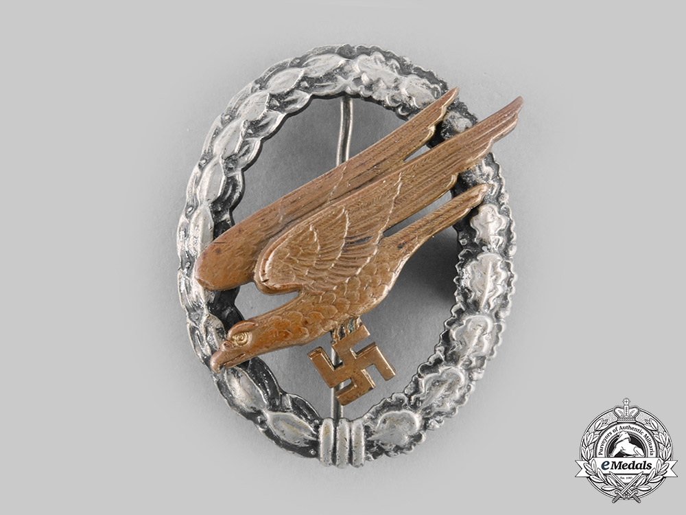 eMedals-Germany, Luftwaffe. A Fallschirmjäger Badge, by F.W. Assmann & Söhne