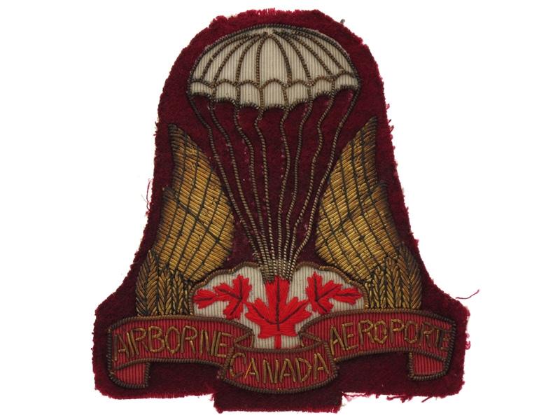 eMedals-Parachute Regiment Insignia