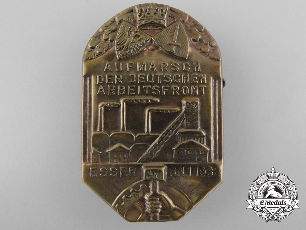 eMedals-Germany, NSBO. A 1933 Essen March Badge