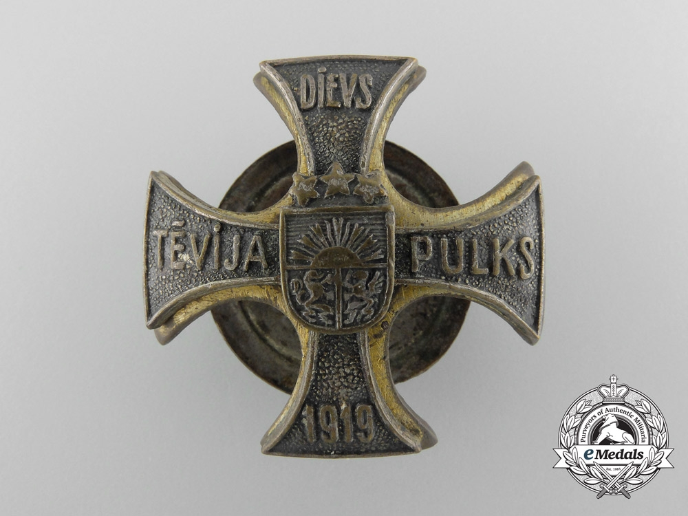 eMedals-An Latvian Cavalryman's Badge; Numbered