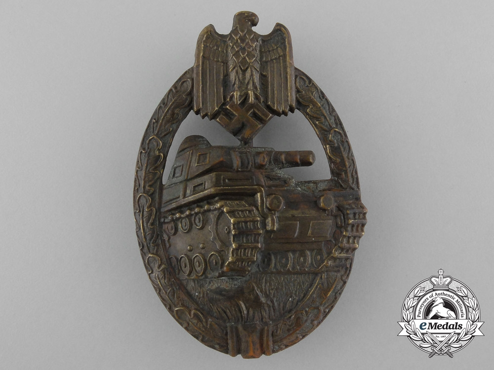 eMedals-An Early Panzer Badge; Bronze Grade in Tombac