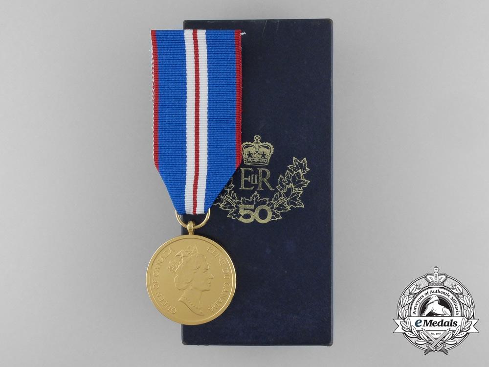 eMedals-A Canadian Queen Elizabeth II Golden Jubilee Medal 2002 with Box