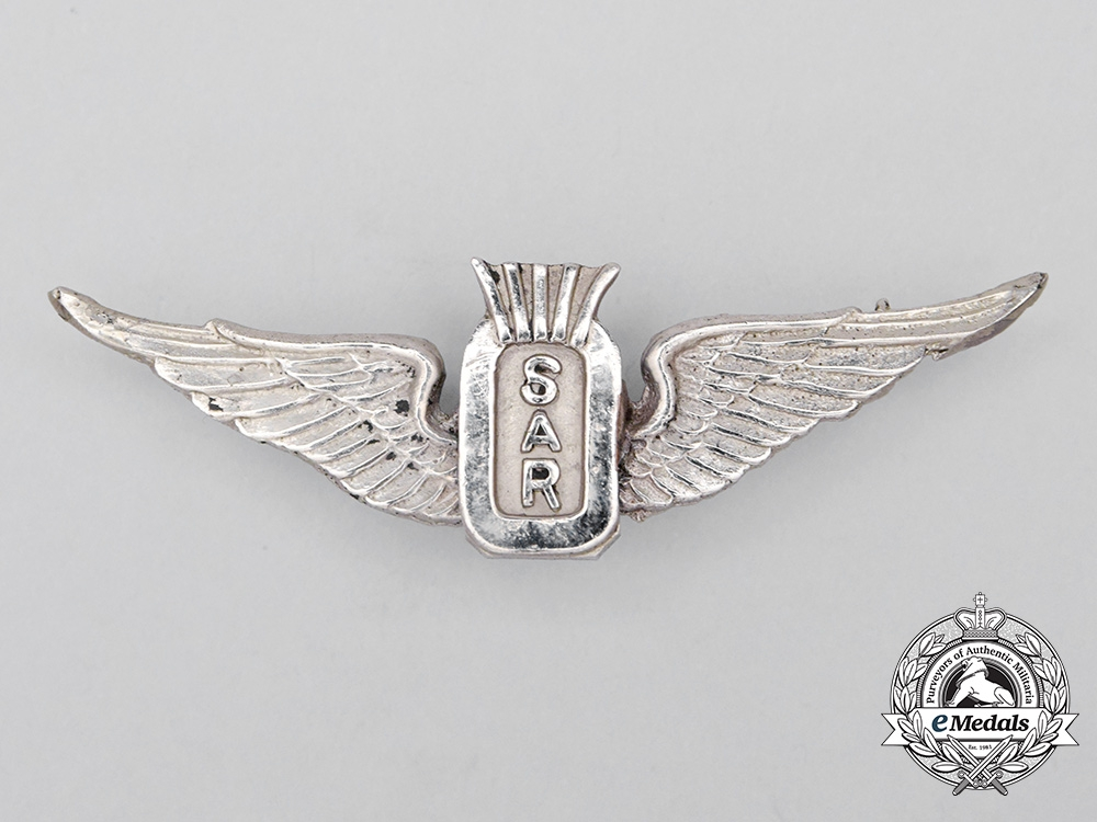 eMedals-A Vietnam Era Army Aviation Helicopter Search and Rescue (SAR) Badge