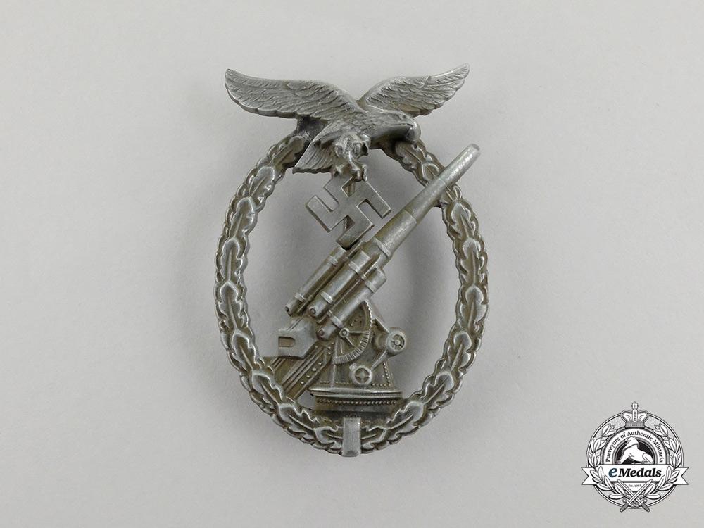 eMedals-A Second War German Luftwaffe Flak Badge