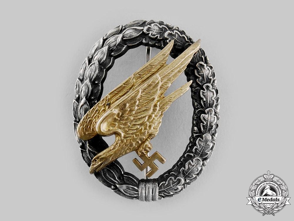 eMedals-Germany, Luftwaffe. A Fallschirmjäger Badge, by Wilhelm Deumer, Ludenscheid