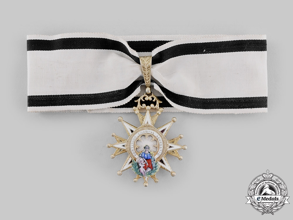eMedals-Spain, Kingdom. A Civil Order of Charity, Commander, Purple & White Distinction, c.1920