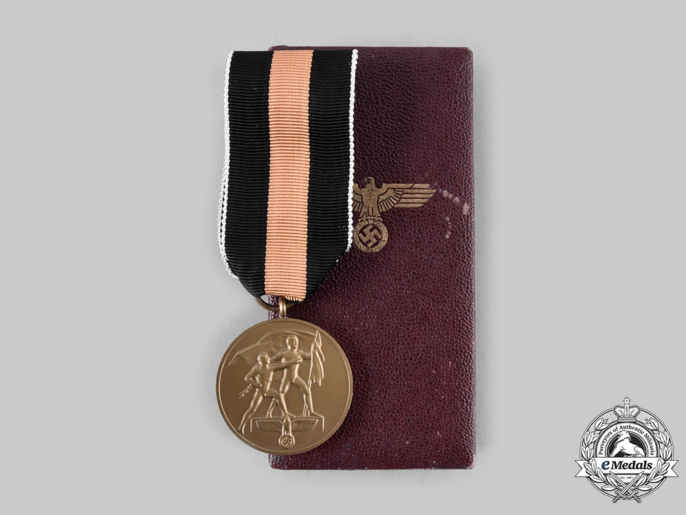eMedals-Germany, Third Reich. 1 October 1938 Medal (Sudetenland Medal), with Case