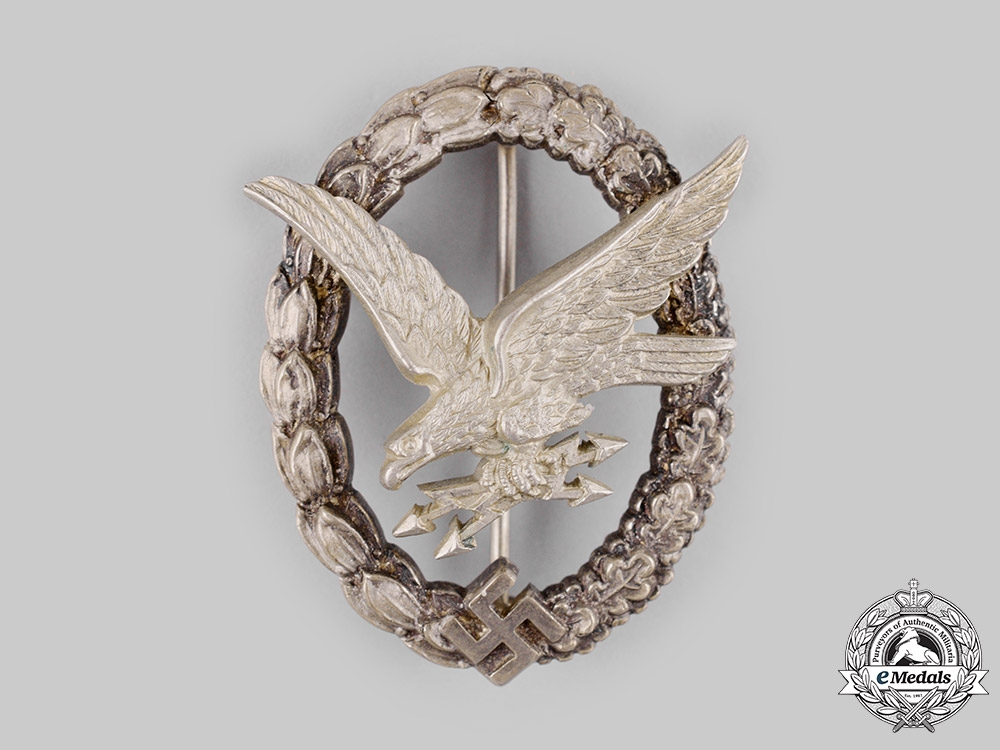eMedals-Germany, Luftwaffe. A Radio Operator and Air Gunner Badge by Imme & Sohn