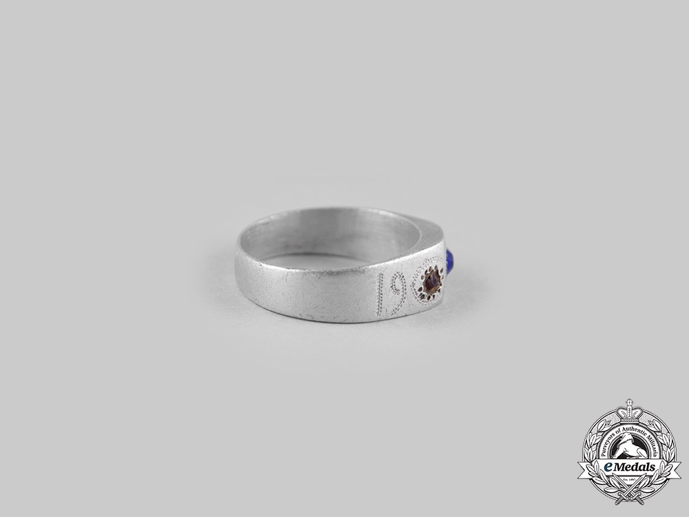 eMedals-Germany, Imperial. A 1917 Field-Made German Army Ring