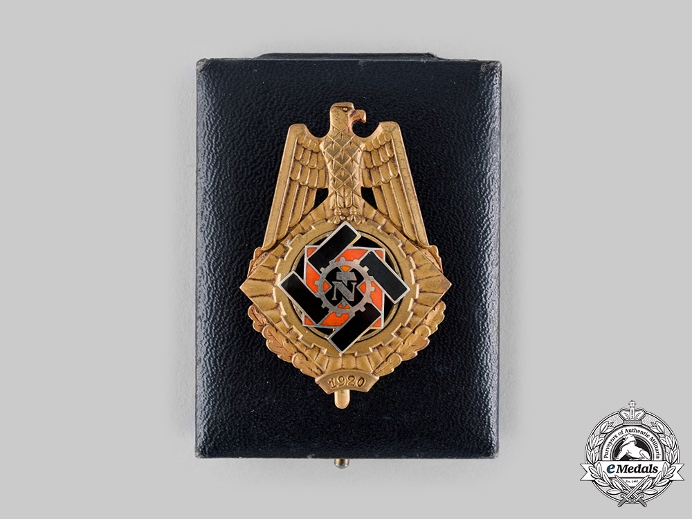 eMedals-Germany, TeNo. A Rare Technical Emergency Help (TeNo) 1920 Honour Badge, with Case, by Wilhlem Fühner