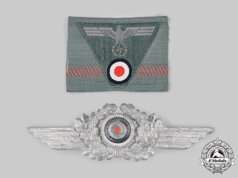 eMedals-Germany, Wehrmacht. A Pair of Cap Insignia