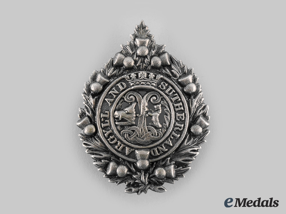 eMedals-United Kingdom. An Argyll and Sutherland Glengarry Badge
