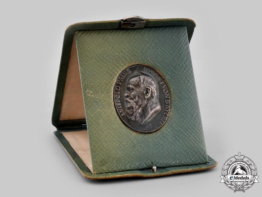 eMedals-Bavaria, Kingdom. A Prince Regent Luitpold Medal with Presentation Case