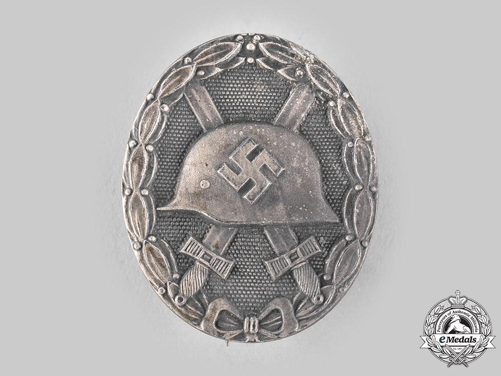 eMedals-Germany, Wehrmacht. A Wound Badge, Silver Grade, by Glaser & Söhne