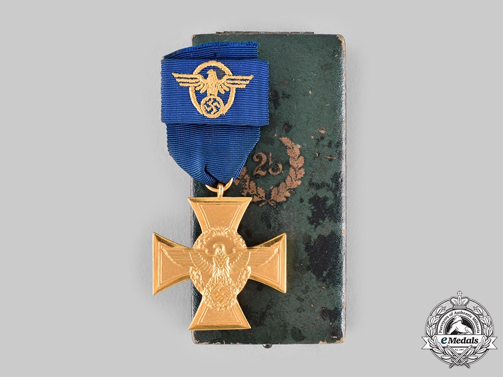 eMedals-Germany, Ordnungspolizei. A Police Long Service Cross, I Class for 25 Years, with Case