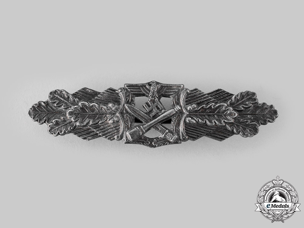 eMedals-Germany, Wehrmacht. A Close Combat Clasp, Bronze Grade, by Rudolf Souval