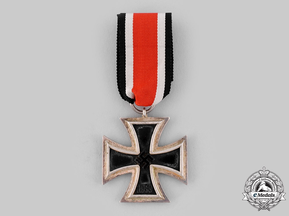 eMedals-Germany, Wehrmacht. A 1939 Iron Cross II Class
