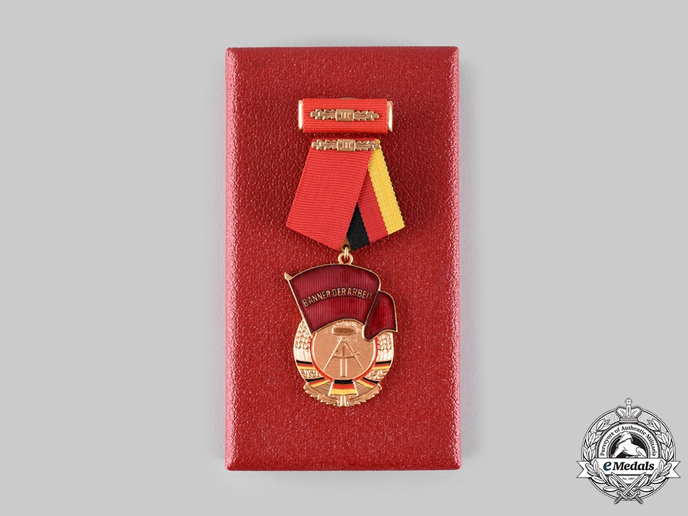 eMedals-Germany, Democratic Republic. An Order of the Banner of Labour, II Class,c.1975