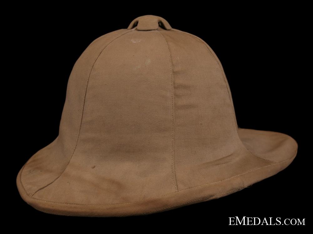 eMedals-A Rare 1918 Canadian Horse Artillery Pith Helmet