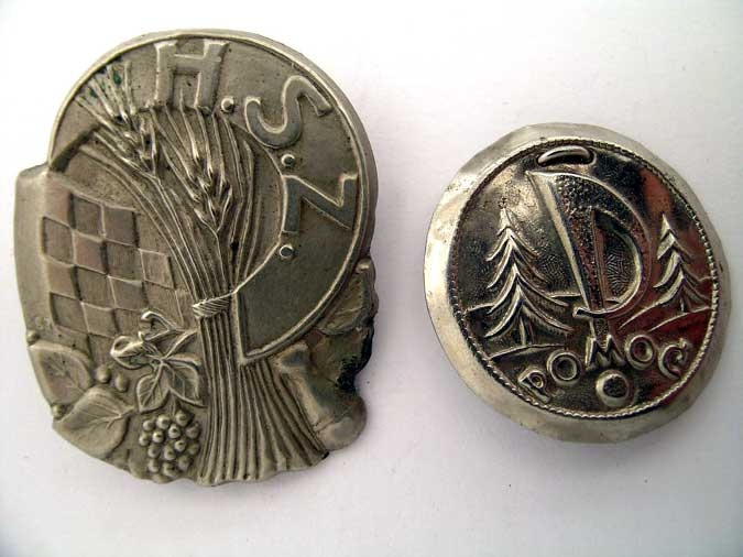 eMedals-TWO BADGES/TINNIES 1941-45