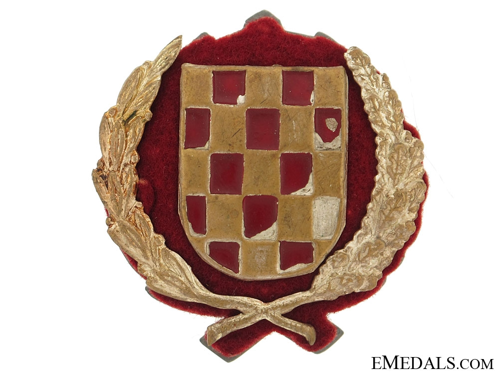 eMedals-Early Croatian Army Officers Cap Badge