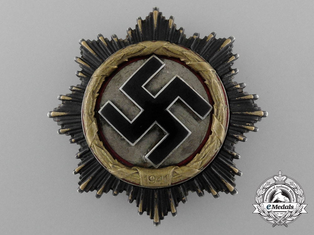 eMedals-A Fine Quality German Cross in Gold by Deschler