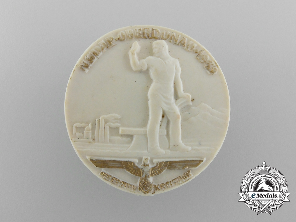 eMedals-Germany, NSDAP. A 1939 Upper-Danube District Council Day Badge, by Richard Sieper & Söhne