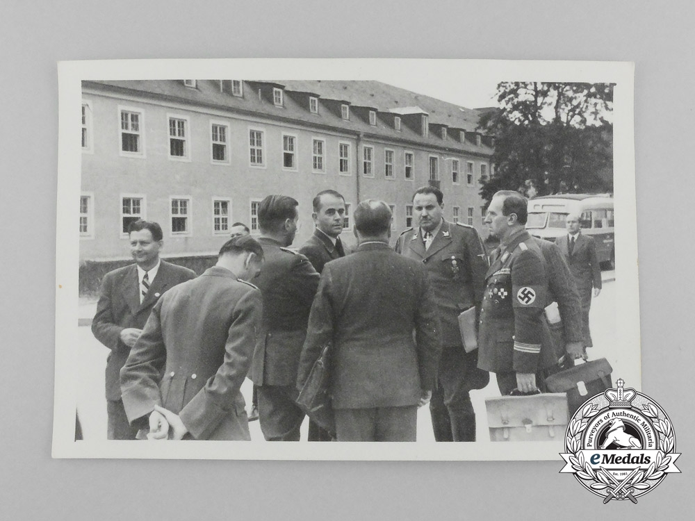 eMedals-An Unpublished Private Photograph of Albert Speer