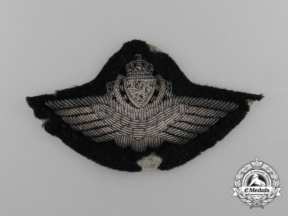 eMedals-A Norwegian Second War Army Pilot Cap Badge