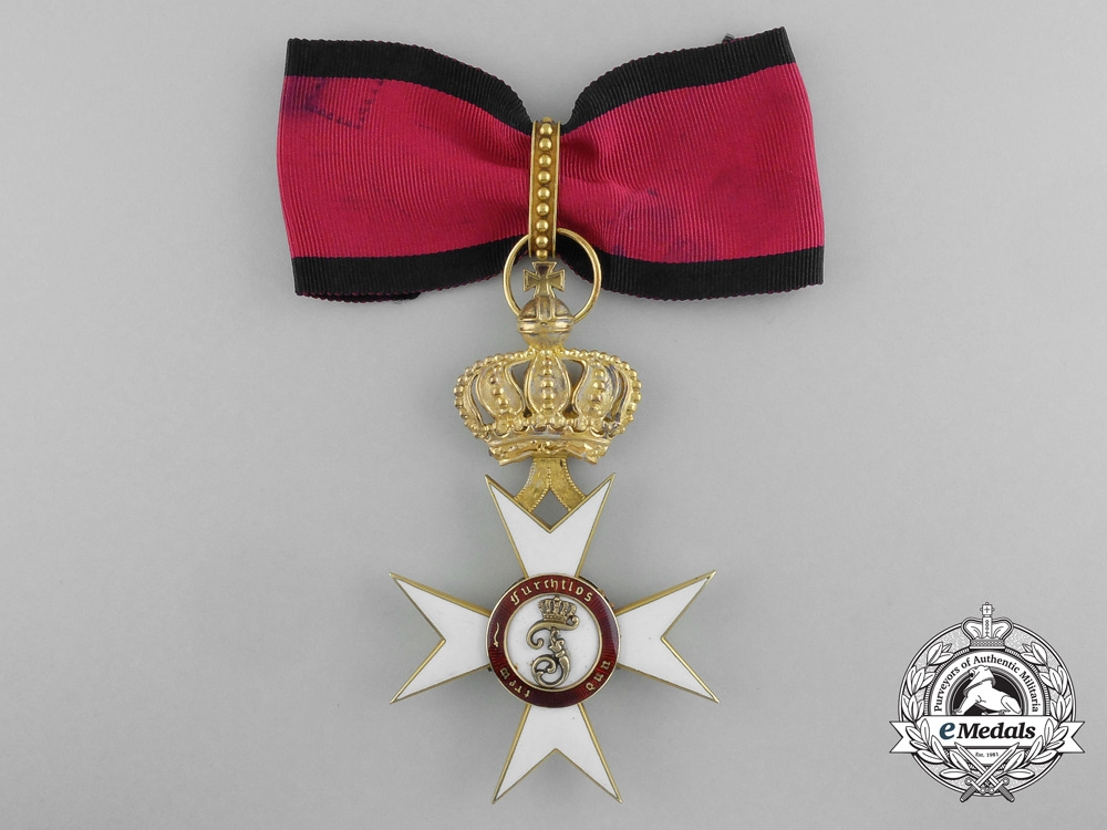 eMedals-Württemberg. An Order of the Crown in Gold, 1st Class Commander, by Eduard Foehr, c.1915