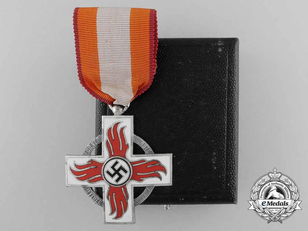 eMedals-A German Fire Service Decoration; Second Class with Case