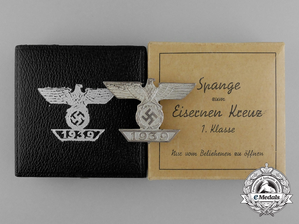 eMedals-A Mint Cased Clasp to the Iron Cross 1939 First Class; Type II by B. H Mayer