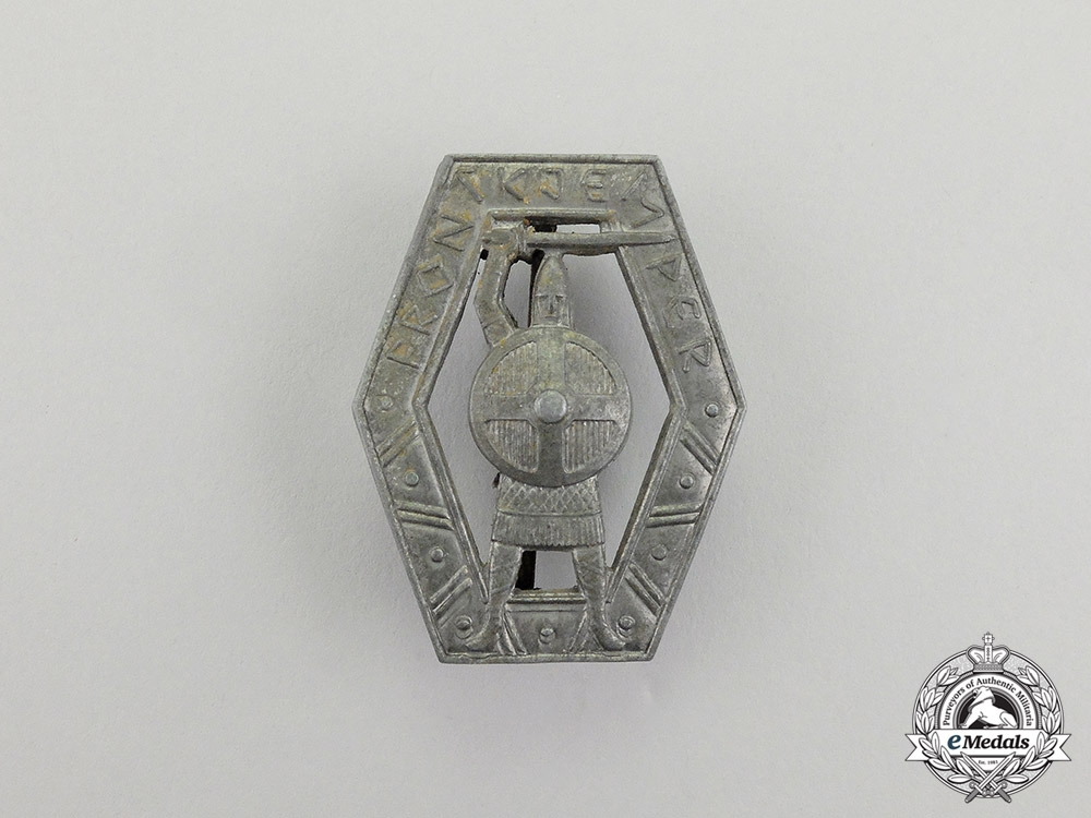 """eMedals-Norway. A Waffen-SS Volunteer """"Frontjemper"""" Badge"""