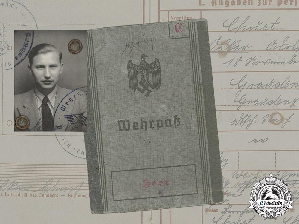 eMedals-A Wehrpaß to Panzerobergrenadier Oskar Chust, KIA 1942 in Russia