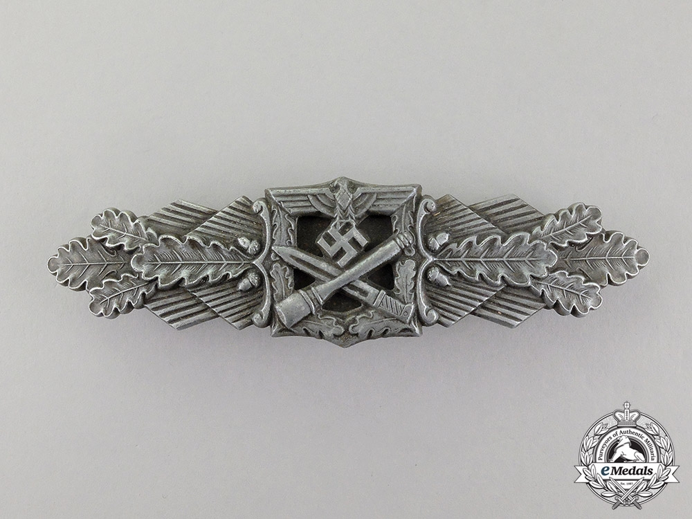 eMedals- Germany. A Silver Grade Close Combat Clasp by Friedrich Linden, Lüdenscheid