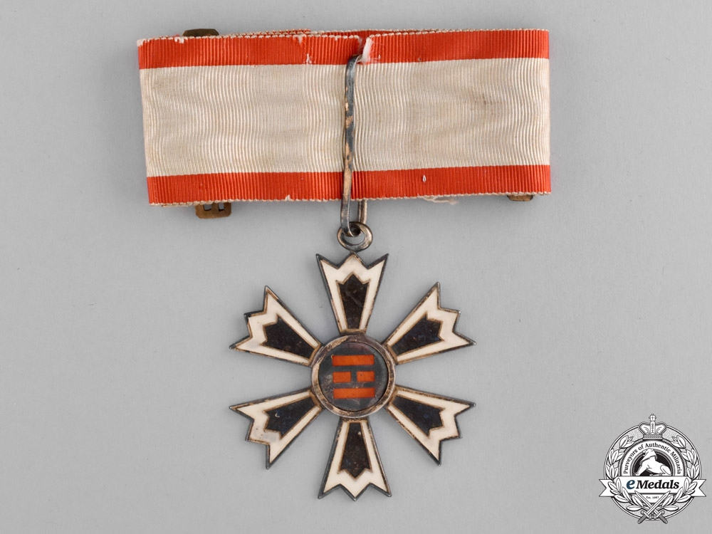 eMedals-Korea, Empire. An Order of the Eight Trigrams, Third Class Badge, c.1910