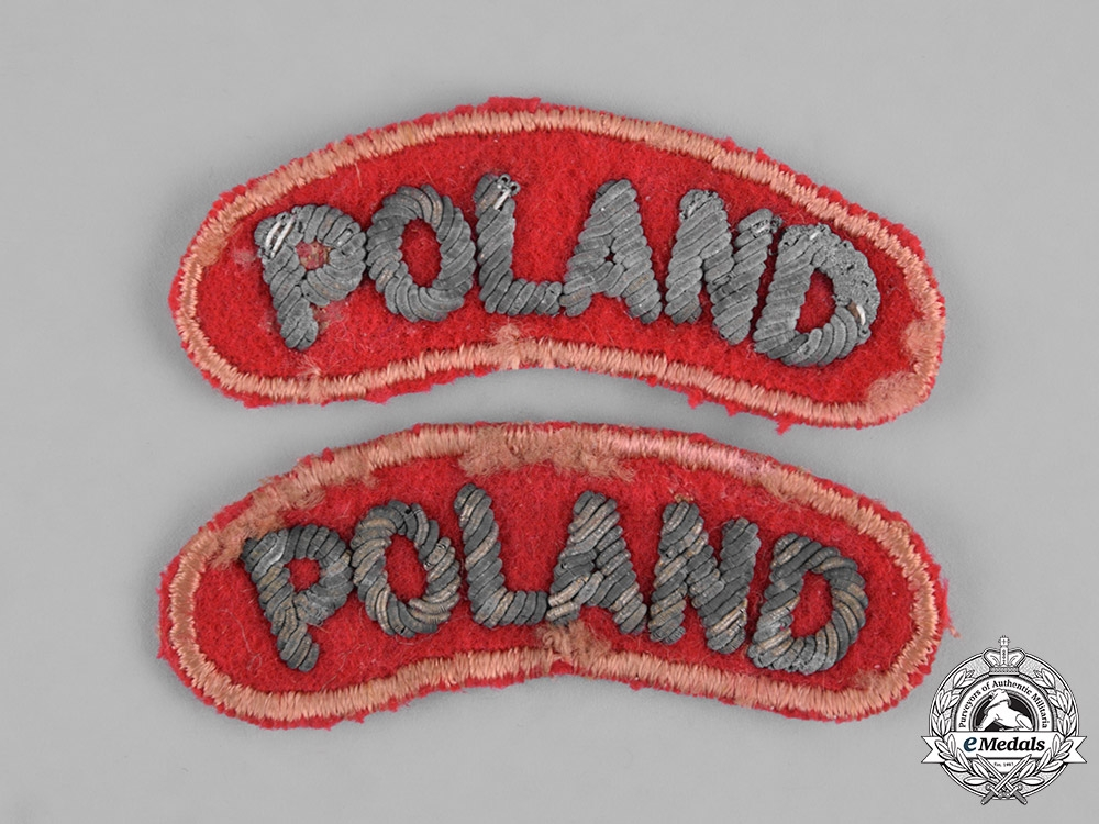 eMedals-Poland, Republic. A Italian-Manufactured Polish Armed Forces in the West Army Shoulder Title Pair, c.1945