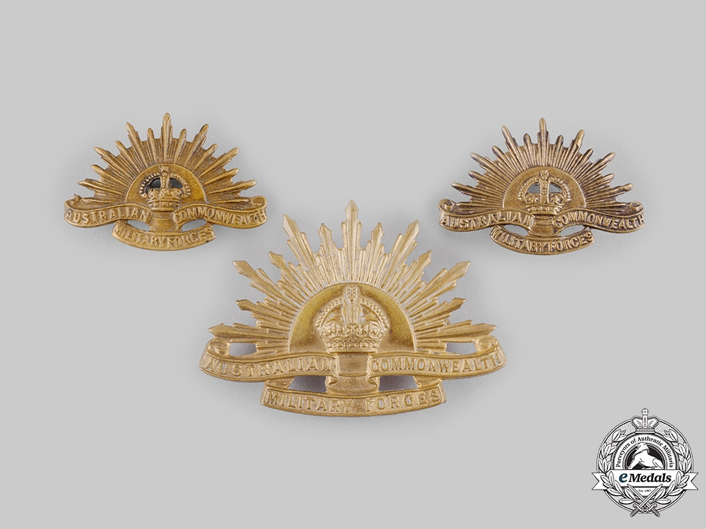 eMedals-Australia, Commonwealth. A Military Forces Insignia Lot