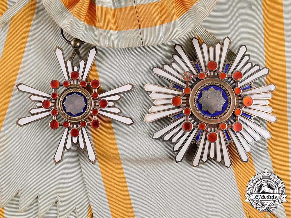 eMedals-Japan, Empire. An Order of the Sacred Treasure, First Class Grand Cross, c. 1915