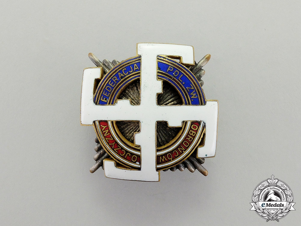 eMedals-Poland. A Third Reich Period Veterans Organization Honour Badge by W. Miecznik