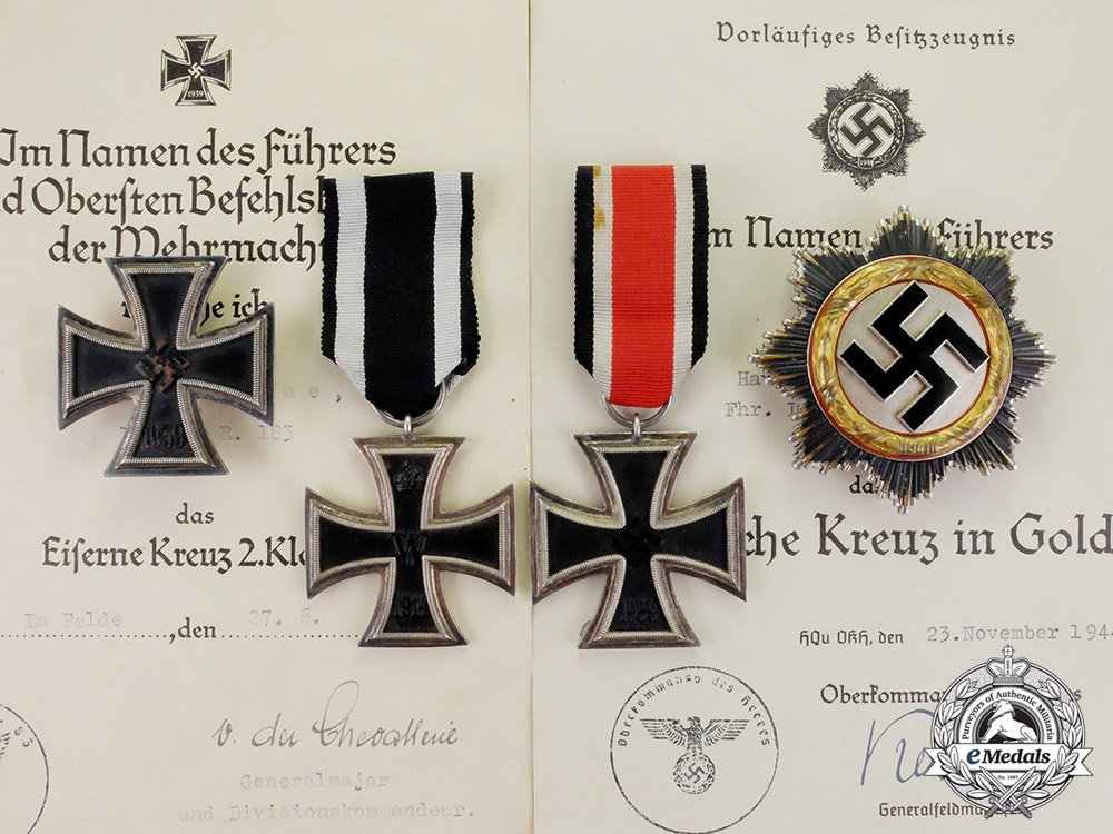 eMedals-Germany. The DKiG & Awards with Documents to Artillery Battalion Hauptmann