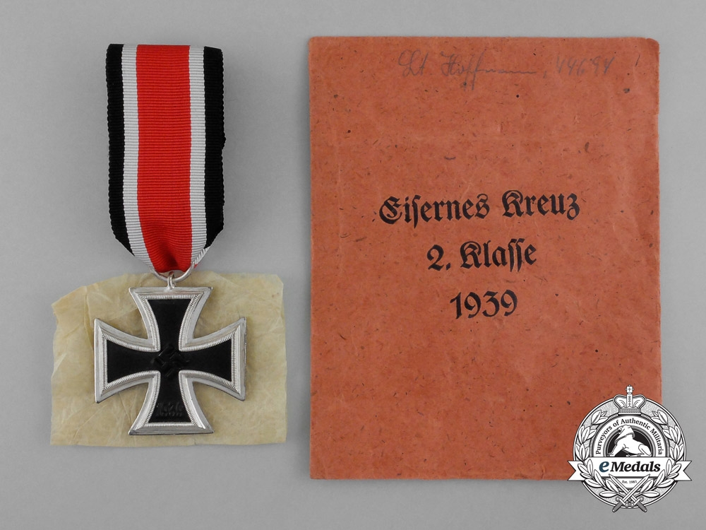 eMedals-An Absolutely Mint Iron Cross 1939 by Scarce Maker Berg & Nolte in its Original Packet of Issue