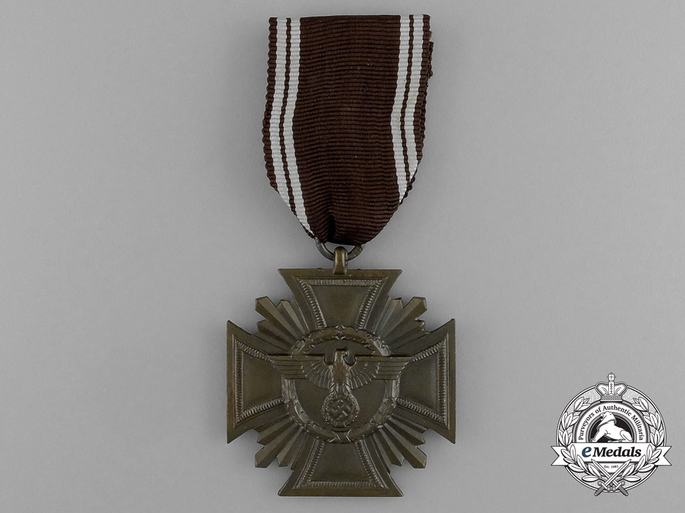 eMedals-An NSDAP Long Service Award for 10 Year's of Service; 3rd Class