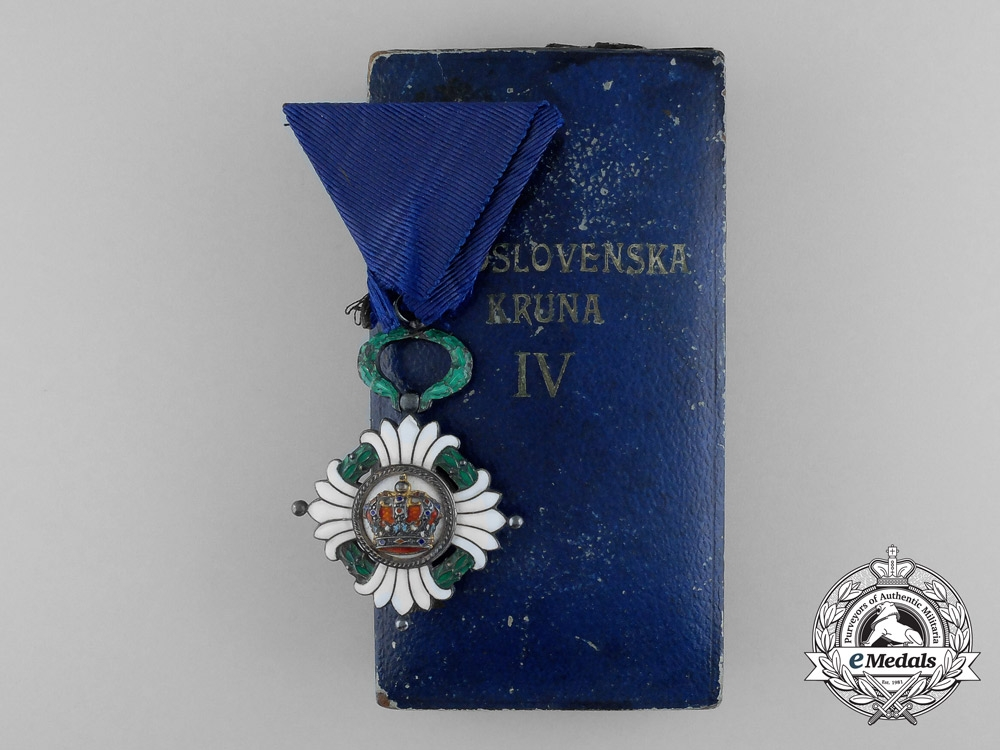eMedals-An Order of the Yugoslav Crown; 5th Class, Knight with Case