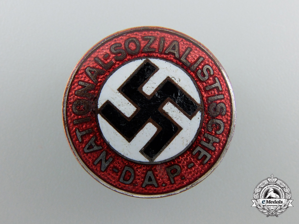 eMedals-An NSDAP Party Badge by Hoffstatter